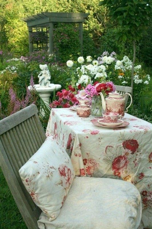 belle mise en scène florale