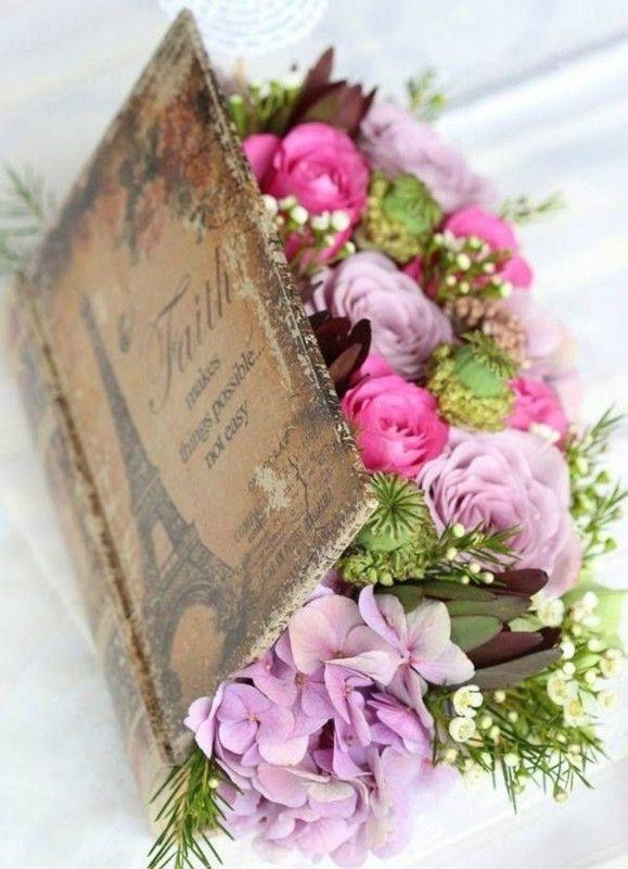 beau livre fleuris