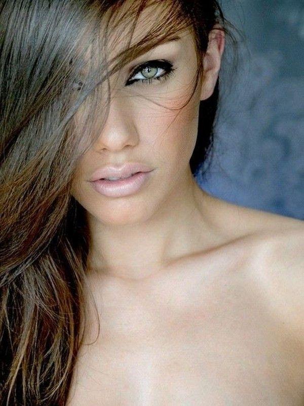 ===La mujer, un bello rostro...=== - Página 3 C9444734